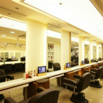 韓国のアイドル達が毎日のように通う有名な美容院【Kang Ho The Red Carpet】